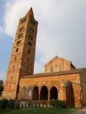 Forntida Pomposa abbotskloster en historisk byggnad i Italien Fotografering för Bildbyråer