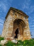 Forntida Roma period mausoleet Royaltyfria Bilder