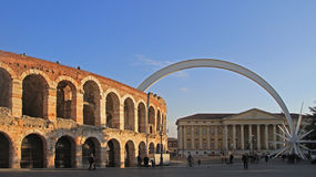 Forntida roman amfiteater i Verona Royaltyfria Foton