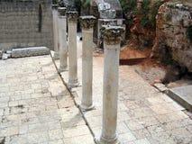 Forntida Roman Cardo gata.  Jerusalem Arkivbild