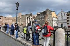 Forntida Roman Imperial forum av kejsaren Minerva i Rome, Italien Royaltyfria Foton