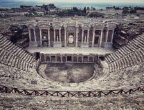 Forntida Roman Theatre i mitt av Hierapolis i Denizli, Tu Royaltyfri Foto