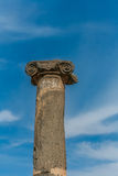 Forntida romersk kolonn Royaltyfri Fotografi