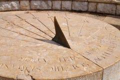 Forntida romerskt solur Arkivfoton