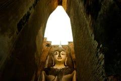 forntida s-tempel thailand Arkivfoton