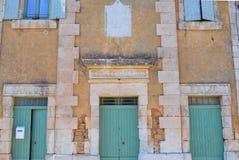 Forntida skola i sydliga Frankrike Arkivfoton
