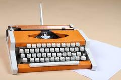Forntida skrivmaskin Arkivbild