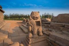 Forntida skulptur i Mahabalipuram, Tamil Nadu Arkivfoto