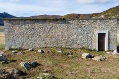 Forntida skydd i hög höjd av herdar Royaltyfri Bild