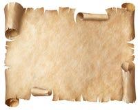 Forntida slitet pergament som isoleras på vit arkivfoto