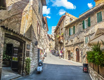 Forntida stad av Assisi, Umbria, Italien royaltyfria foton