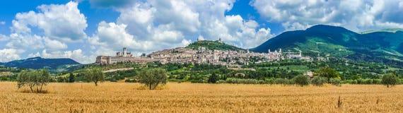 Forntida stad av Assisi, Umbria, Italien royaltyfri fotografi