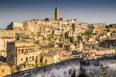Forntida stad av Matera på solnedgången, Basilicata, Italien royaltyfria bilder