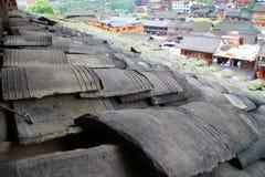 Forntida stad för tegelplattatak i Kina Arkivbild