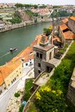 Forntida stad Porto, flod, fartyg Royaltyfria Bilder