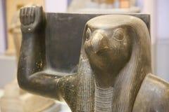 Forntida staty i det egyptiska museet Egypten Arkivfoton
