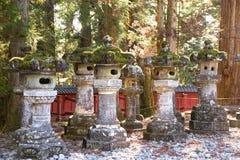 Forntida stenlyktor i Japan Arkivbild