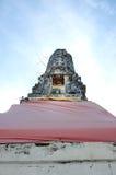 Forntida stupa i tempel av Thailand Royaltyfri Foto