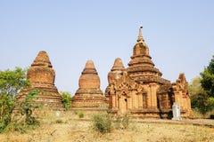 Forntida Stupas i Bagan, Myanmar Fotografering för Bildbyråer