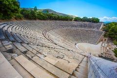 Forntida teater i Epidaurus, Argolida, Grekland Royaltyfri Foto