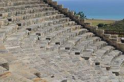 Forntida teater, Kourion nära Limassol, Cypern arkivbilder