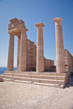 Forntida tempel av Apollo på Lindos Arkivfoton