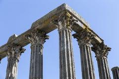 Forntida tempel av Evora Royaltyfria Foton