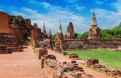 Forntida tempel för UNESCOvärldsarv i den tidigare kungliga staden av Ayutthaya royaltyfri fotografi