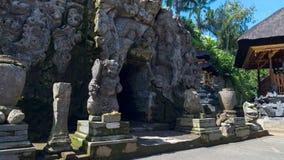 Forntida tempel Goa Gajah i Bali arkivbild