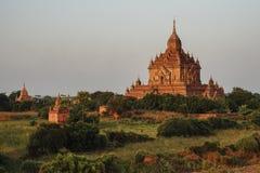 Forntida tempel i Bagan, Myanmar Royaltyfria Bilder