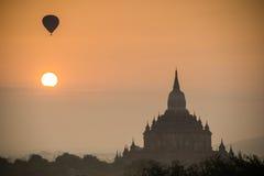 Forntida tempel i Bagan, Myanmar Arkivbilder