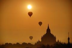 Forntida tempel i Bagan, Myanmar Arkivfoto