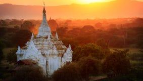 Forntida tempel, Myanmar Royaltyfria Bilder