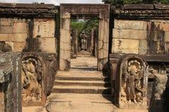 Forntida tempel, Polonnaruwa, Sri Lanka Arkivbilder