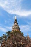 Forntida tempel (Wat Yai Chai Mongkhol), Ayutthaya Royaltyfria Bilder