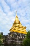 Forntida thai läge för pagod offentligt Arkivbild