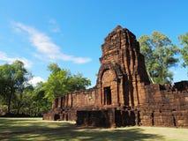 Forntida thai slott eller Prasat Muang Singh i Kanjanabur Arkivfoton