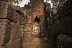 Forntida thai slott (Prasat Muang Singh) Royaltyfria Foton