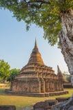 Forntida thailändskt tempel Royaltyfria Foton