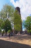 Forntida torn av Sten Martins Cathedral på den soliga dagen Fotografering för Bildbyråer