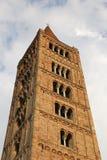 Forntida torn för Pomposa abbotsklosterklocka Arkivfoto