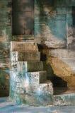 Forntida trappa arkivfoton