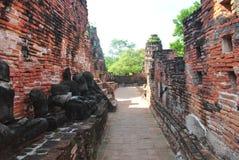 Forntida väggar och gångbanor Arkivfoton