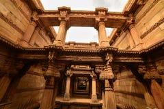 Forntida väl i Ahmedabad, Indien royaltyfria bilder