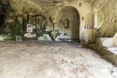 Forntida vagga kloster royaltyfria bilder