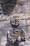 Forntida vattenspringbrunn Arkivfoton