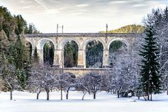 Forntida viadukt i lägre Österrike Royaltyfria Bilder