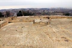 Forntida villebråd av korsfarare nära Jerusalem arkivfoton