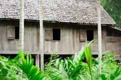 Forntida wood hus Arkivbild