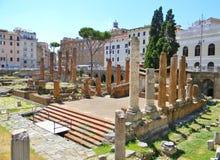 Forntiden som omges vid gåvan i Rome Fotografering för Bildbyråer